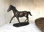 Rottenecker Bronzefigur Pferd auf Sockel