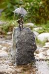 Rottenecker Bronzefigur Luzie mini , wasserspeiend
