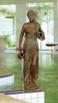 Rottenecker Bronzeskulptur Kassandra, wasserspeiend