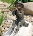 Rottenecker Bronzefigur Toni, wasserspeiend