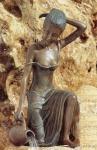 Rottenecker Bronzeskulptur Letizia, wasserspeiend