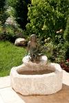Rottenecker Bronzeskulptur Elonie klein, wasserspeiend