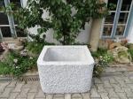Granitbrunnen / Pflanztrog rechteckig 80x60x55