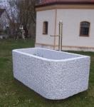 Granitbrunnen / Pflanztrog rechteckig 120x80x70
