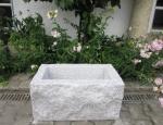Granitbrunnen / Pflanztrog  rechteckig spaltrau 60x35x30