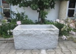 Granitbrunnen / Pflanztrog  rechteckig spaltrau 80x45x40
