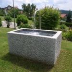 Granitbrunnen / Pflanztrog rechteckig vollkantig 140x75x65