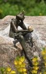 Rottenecker Bronzefigur FroschkönigBorris, wasserspeiend