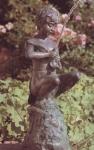 Rottenecker Bronzefigur Fischbändiger, wasserspeiend
