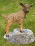 Rottenecker Bronzefigur Zieglein kletternd