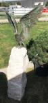 Rottenecker Bronzefigur Seeadler auf Rosario-Säule