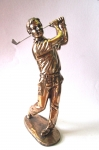 Bronzefigur Golfer Schläger oben