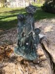 Rottenecker Bronzefigur Erdmännchen Famile wasserspeiend